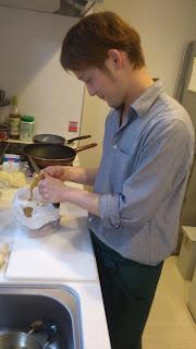 世田谷区(田園調布・奥沢)のお客様のご自宅に訪問&出張シェフ:シェフが派遣先で一から料理