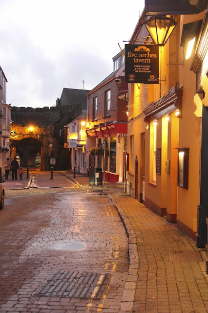 Tenby, Wales, expat, travel, village, quaint