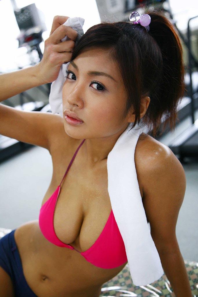 kana tsugihara sexy naked photos 02
