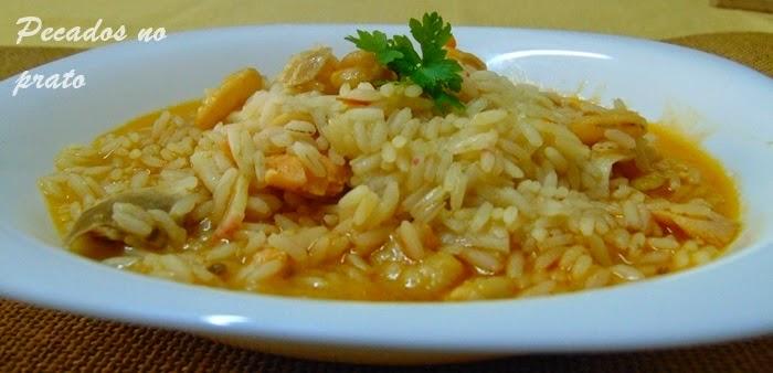 Receita de arroz de salmão com camarão