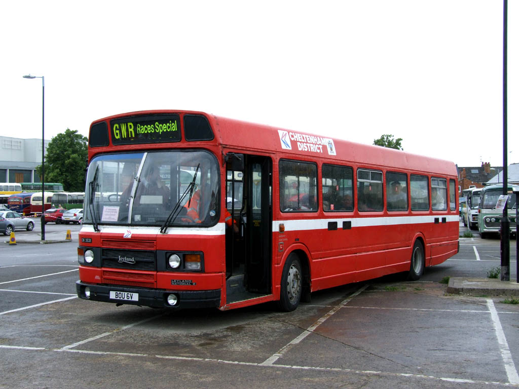 Cheltenham Coach Rally 2011   Transport Illustrated