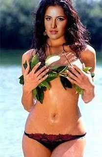katrina in bikini of leafs
