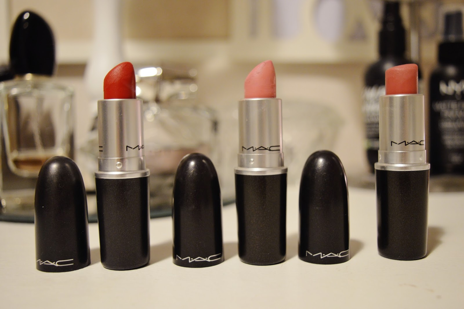 mac lipsticks mehr pink plaid russian red