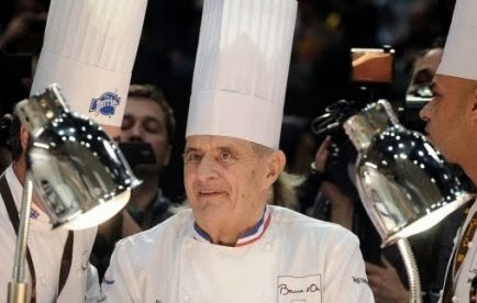 Le c l bre cuisinier fran ais paul bocuse sacr chef du for Cuisinier connu