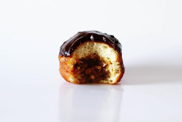 Receita de donuts com recheio de chocolate e doce de leite