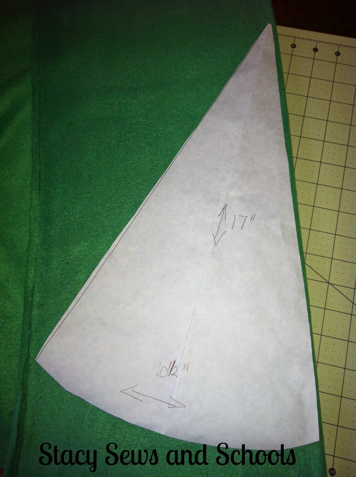 Stacy Sews and Schools: Blog with Friends - Jolly Jinglers - Elf Hat ...