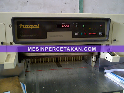 NAGAI paper cutting machine