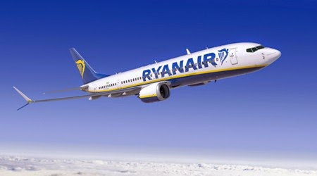 ryanair-airlinelivery-K66200-03_med.jpg