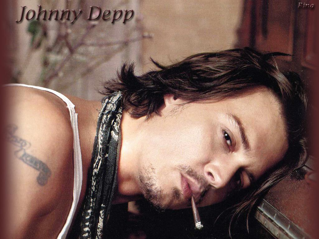 http://2.bp.blogspot.com/-1SO5IVtU-Cw/UCZYQ_7o36I/AAAAAAAALGo/xtC-mbJVGdw/s1600/Johnny-johnny-depp-180585_1024_768.jpg