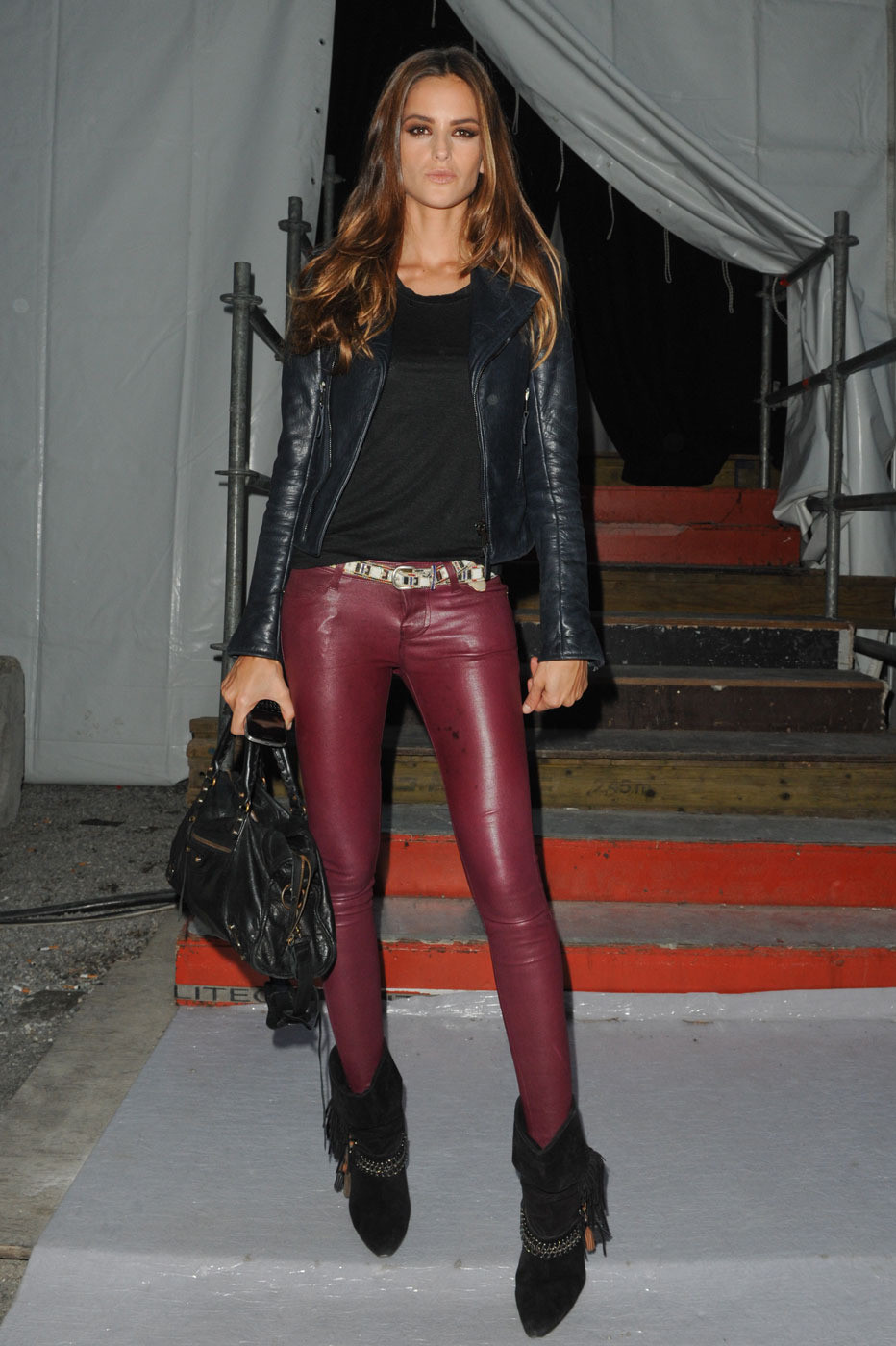 me &myCastle: the leather pants Isuue-