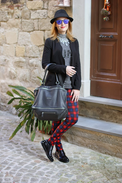 givenchy pandora bag, h&m fedora hat, zara plaid pants, roberto botticelli shoes, fashion and cookies, fashion blogger