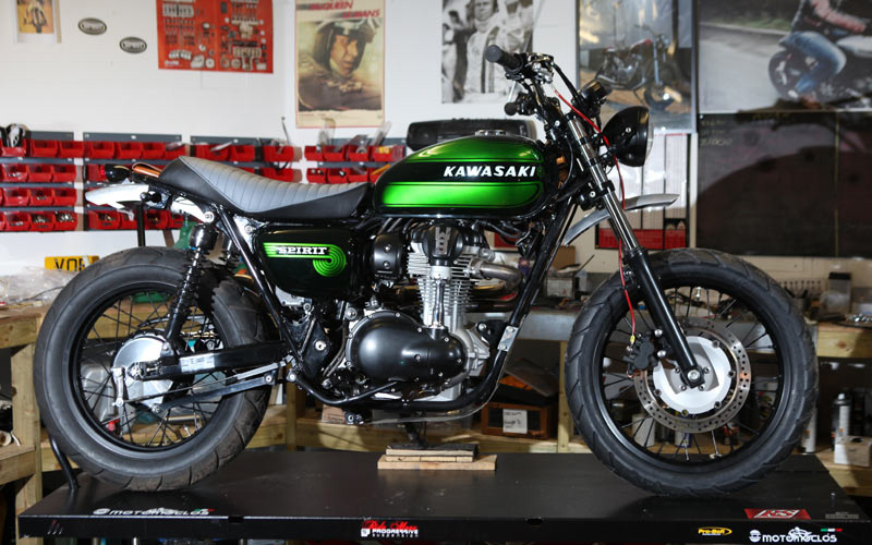 racing caf kawasaki w800 by spirit of the seventies. Black Bedroom Furniture Sets. Home Design Ideas