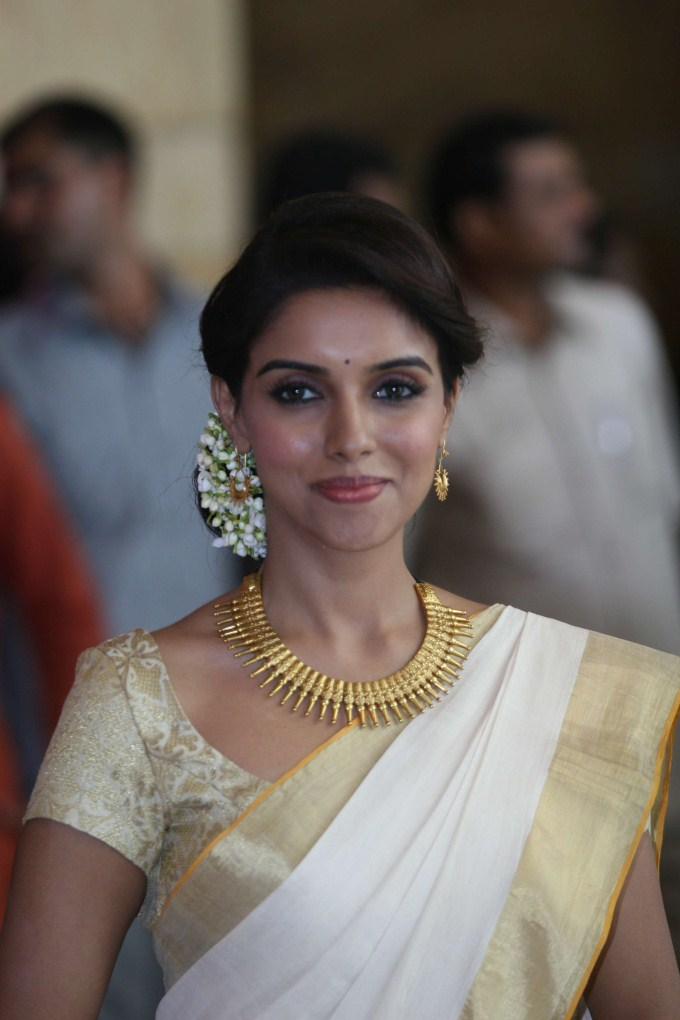 Asin in Saree1 - Asin in Kerala Saree 