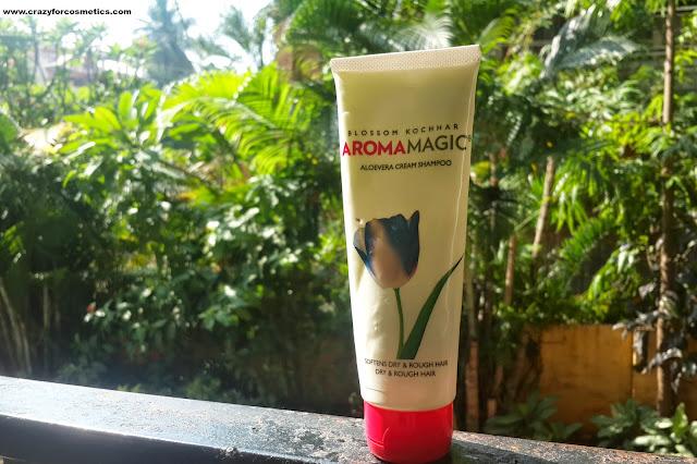 Blossom kocchar Aroma Magic aloe vera shampoo