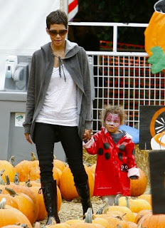 Halle Berry and daughter Nahla in the pumpkin patch!