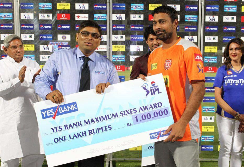 Praveen-Kumar-Maximum-Sixes-RR-vs-KXIP-IPL-2013