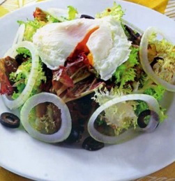 Cách làm món Salad trứng chần ngon