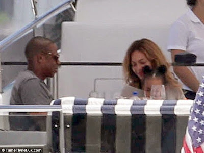 Jay Z & Beyonce show off Blue Ivy's new hairstyle(Photos)2