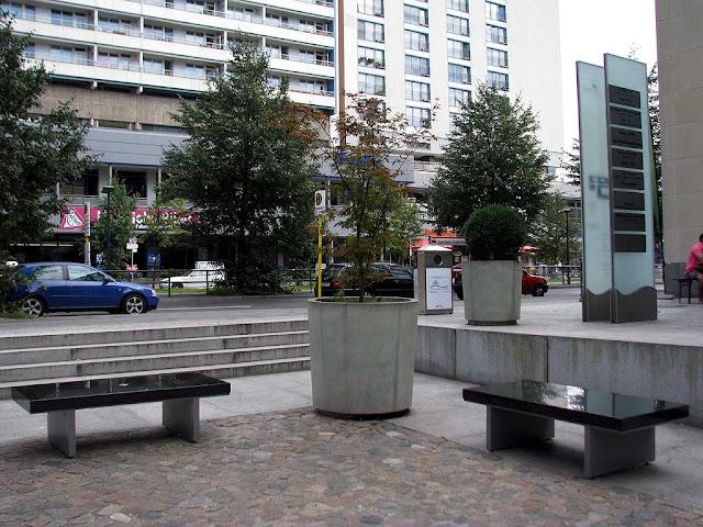 Benches, Heiligegeistkirchplatz, Berlin