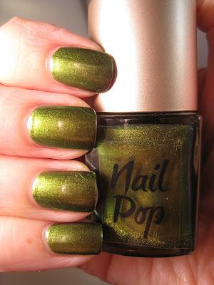 Nail-Pop-Kimono-green-nail-polish-duochrome