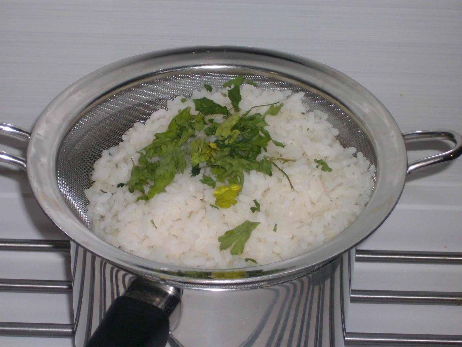La cocina de paco arroz con gulas - Cocina con paco ...