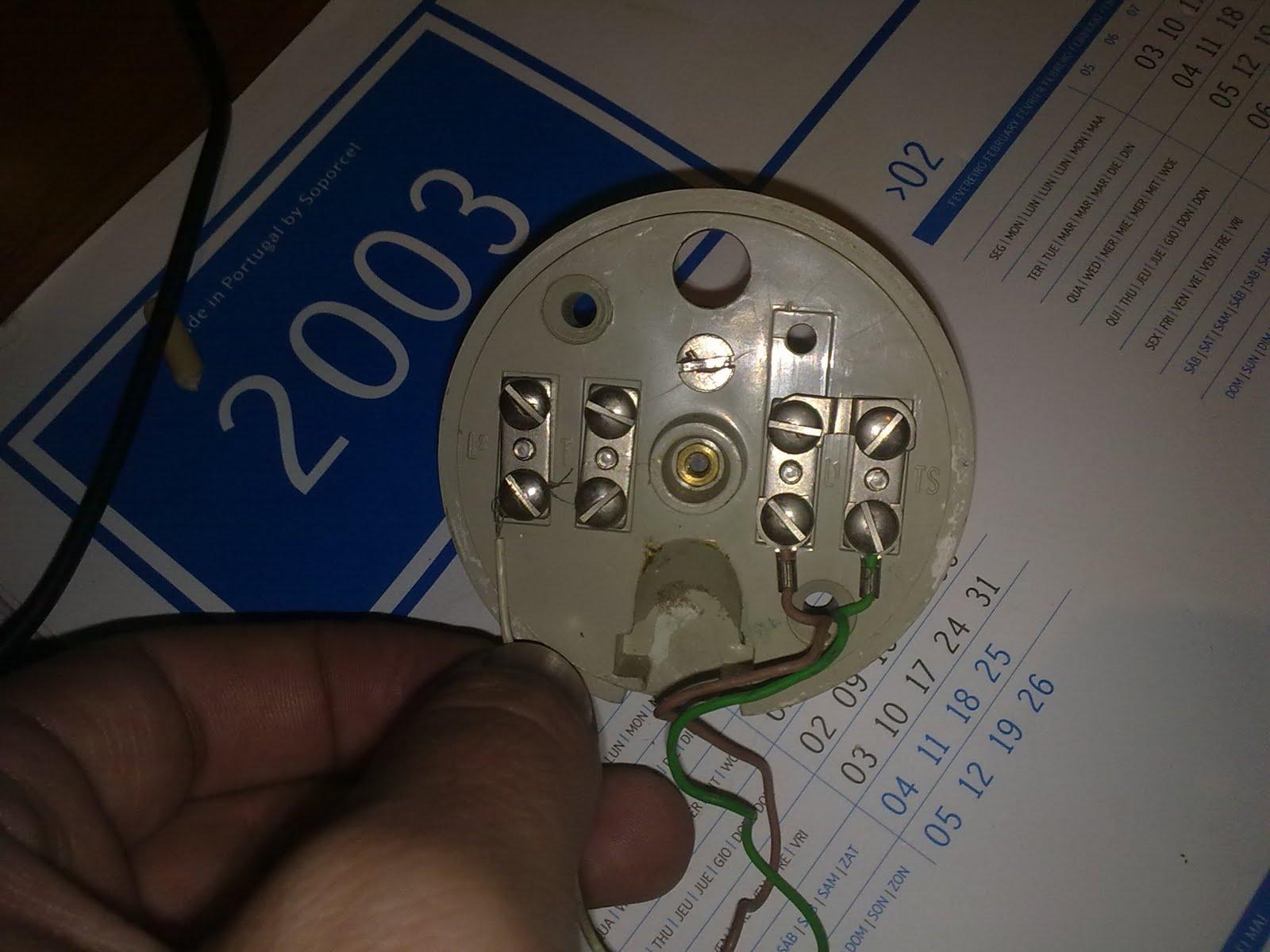 Ciudadano terrorista adaptar un tel fono antiguo para for Poner linea telefonica en casa