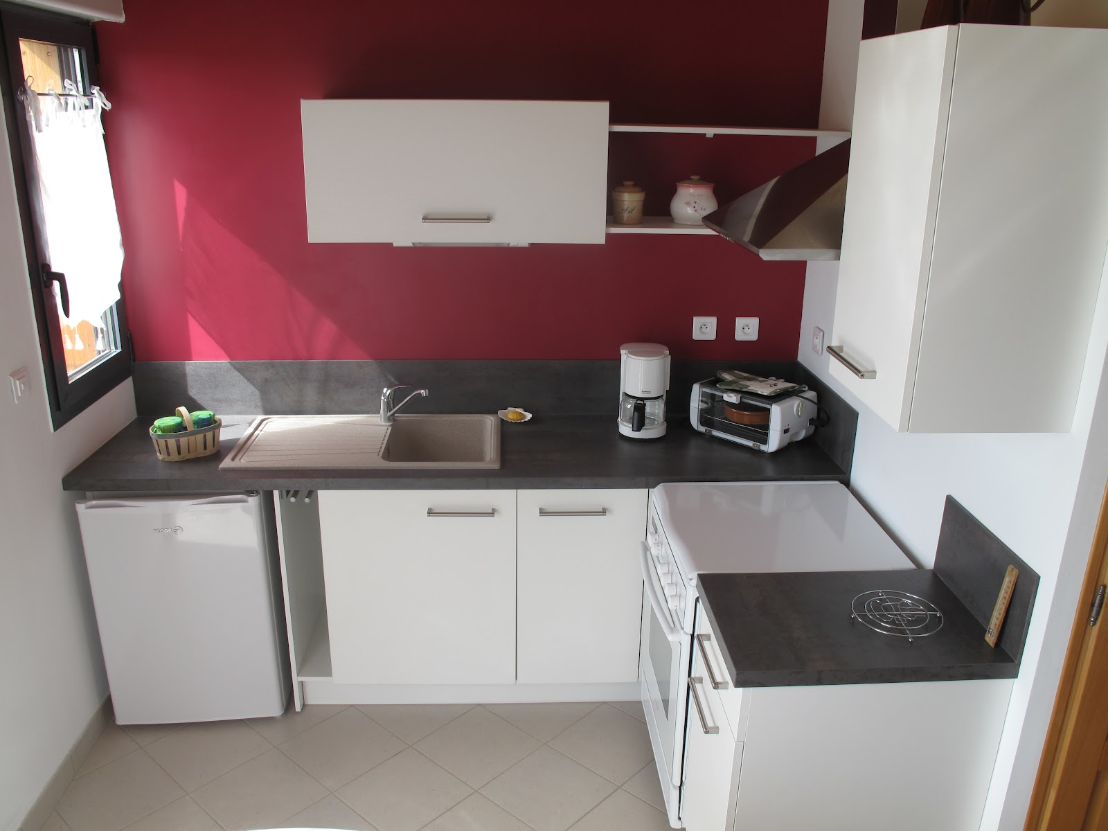 Le ruisseau 82 description du g te for Cuisine 30m2