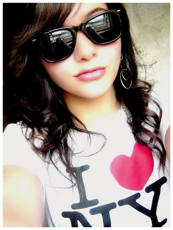 dreamWALLpics: new stylish and cool girls dp for facebook and whatsapp