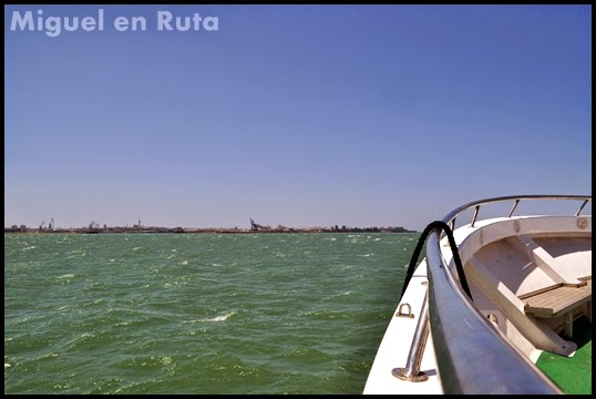 Bahía-Cádiz-Ferry