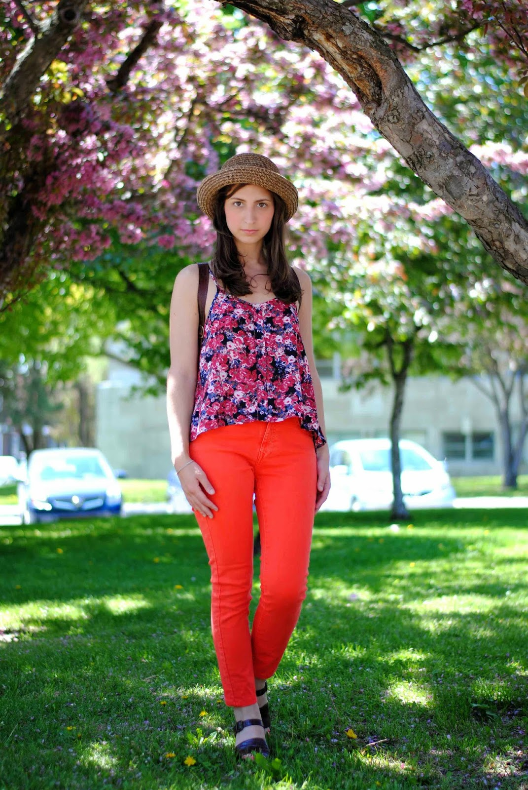 floral top orange jeans denim zara vintage hat sandals