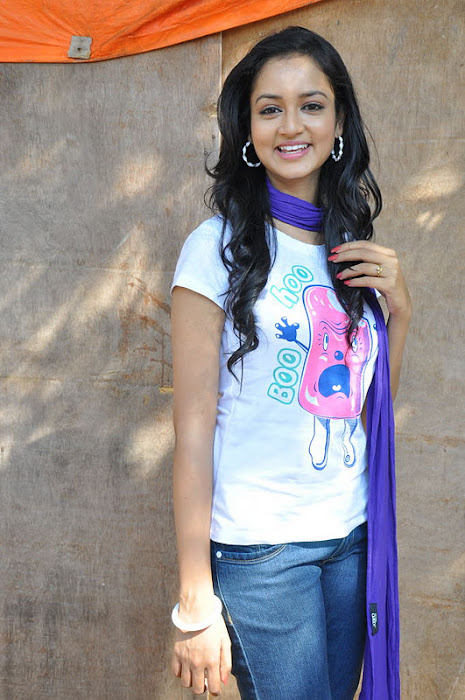 shanvi new cute stills