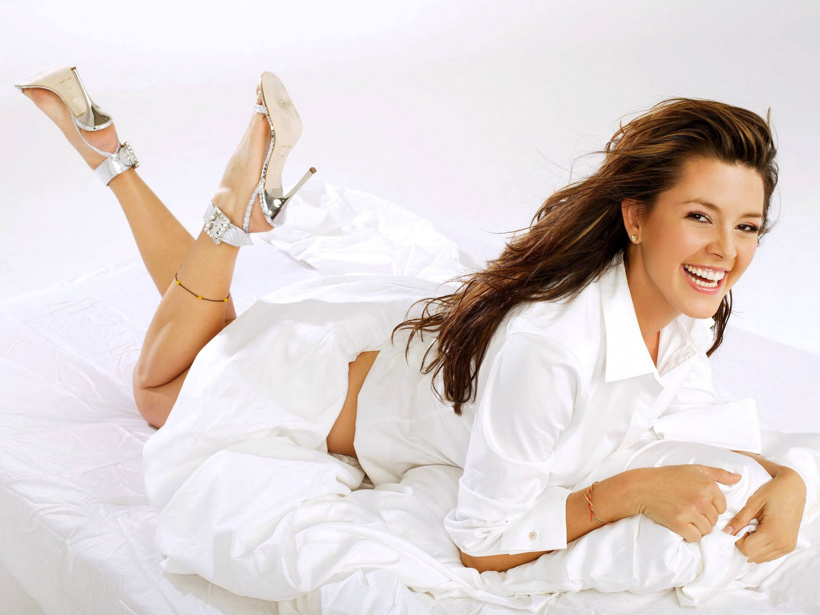 Alicia Machado La Madame YouTube - imagenes de alicia machado sin ropa