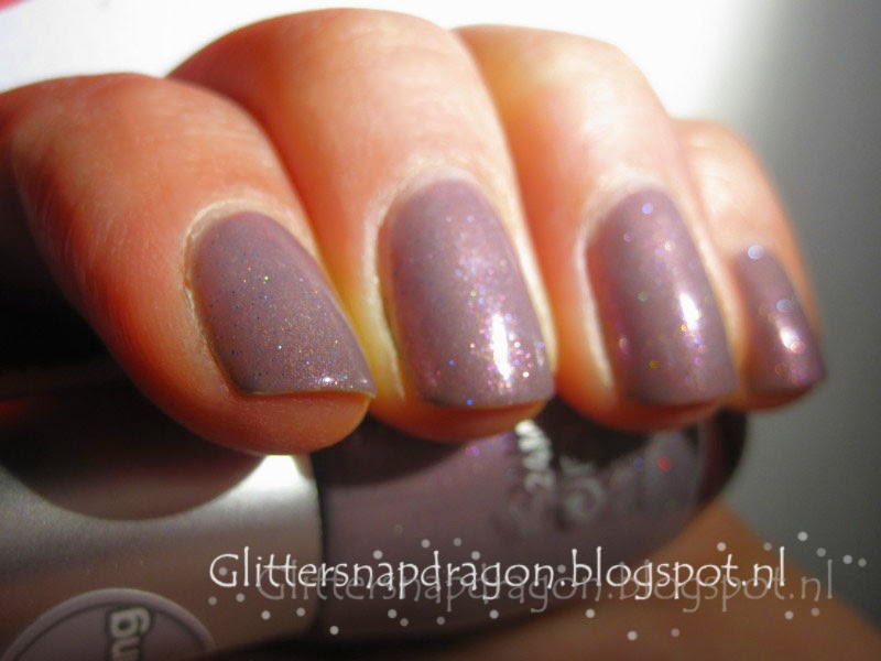 Essence Mauve-llous Fairy