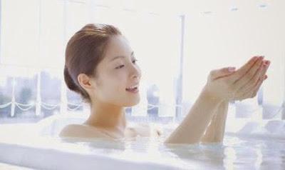 Chữa bệnh trĩ bằng cách ngâm nước ấm