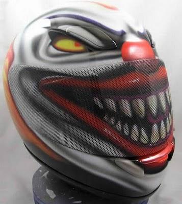 Peinture sur casque moto...... Jocker+casque