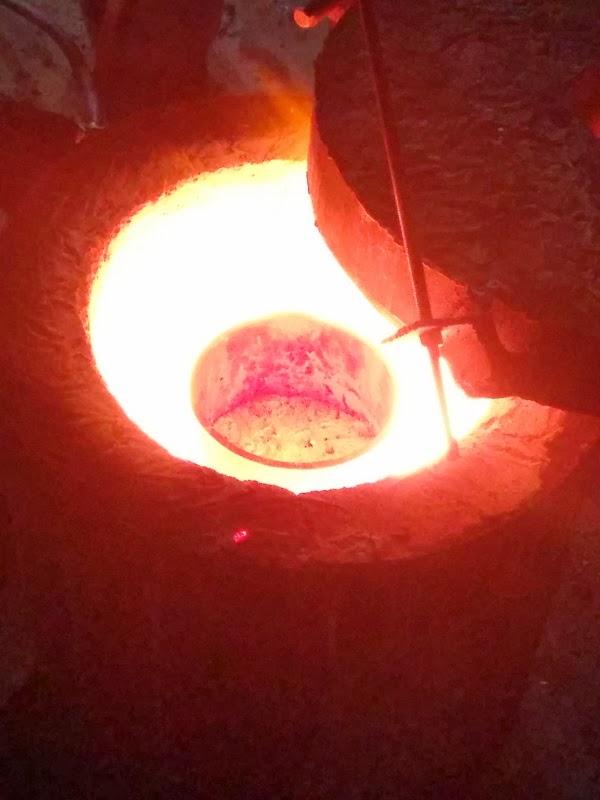 foundry furnace melting aluminum