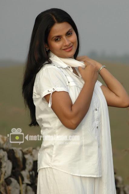 kaveri acress photos