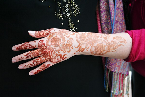 arabic hand mehndi design 2011 New Arabic Mehndi Designs
