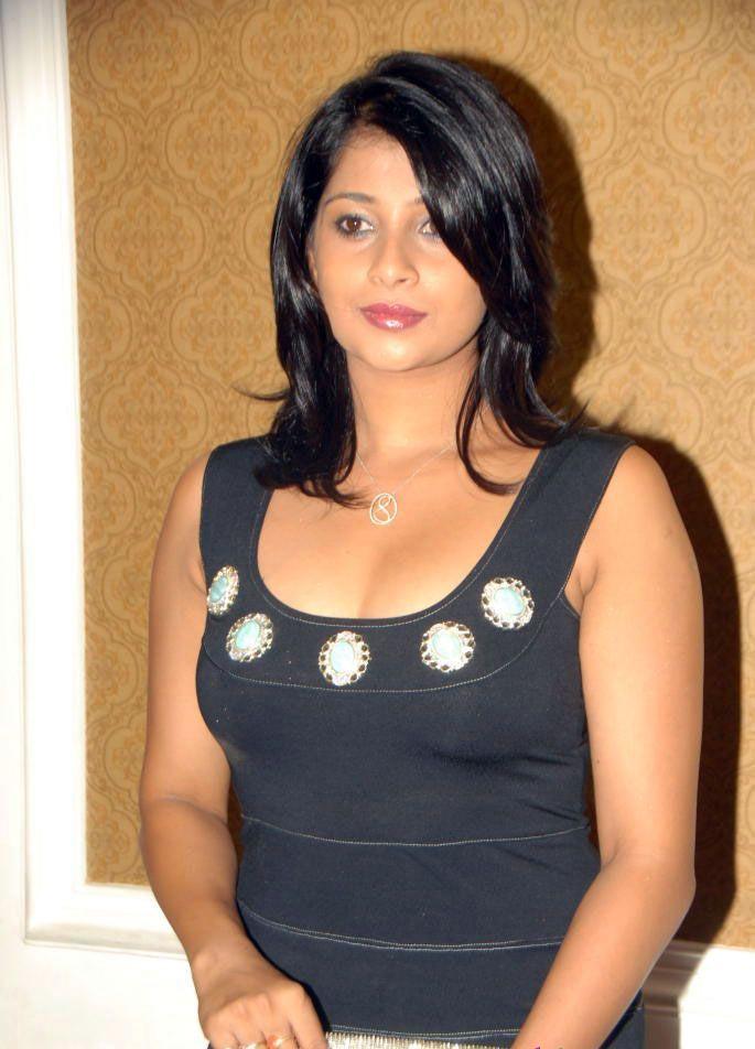 Nadeesha Hemamali Spicy Stills At Mr.Rascal Movie Audio Launch ...