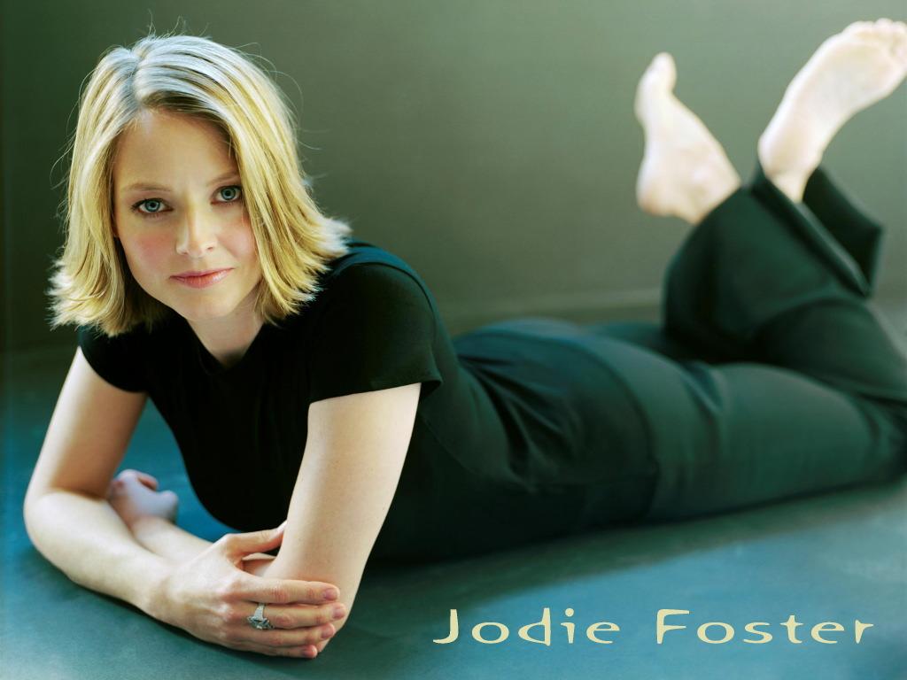 http://2.bp.blogspot.com/-1VOYr2ucY_8/TgYsqGkp8TI/AAAAAAAAAoI/32MjOB4wE4Q/s1600/Jodie_Foster+01.jpg