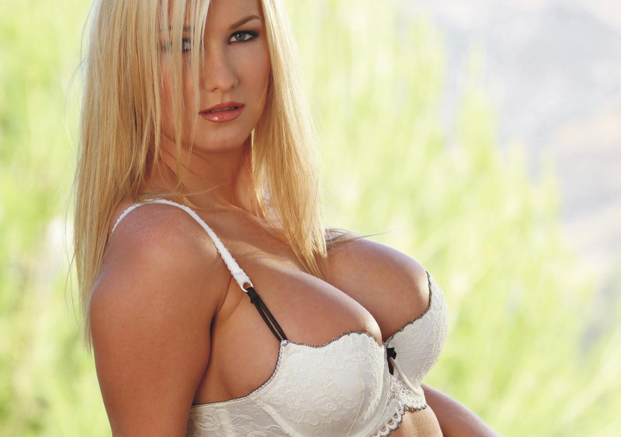 Amanda Evans Porn