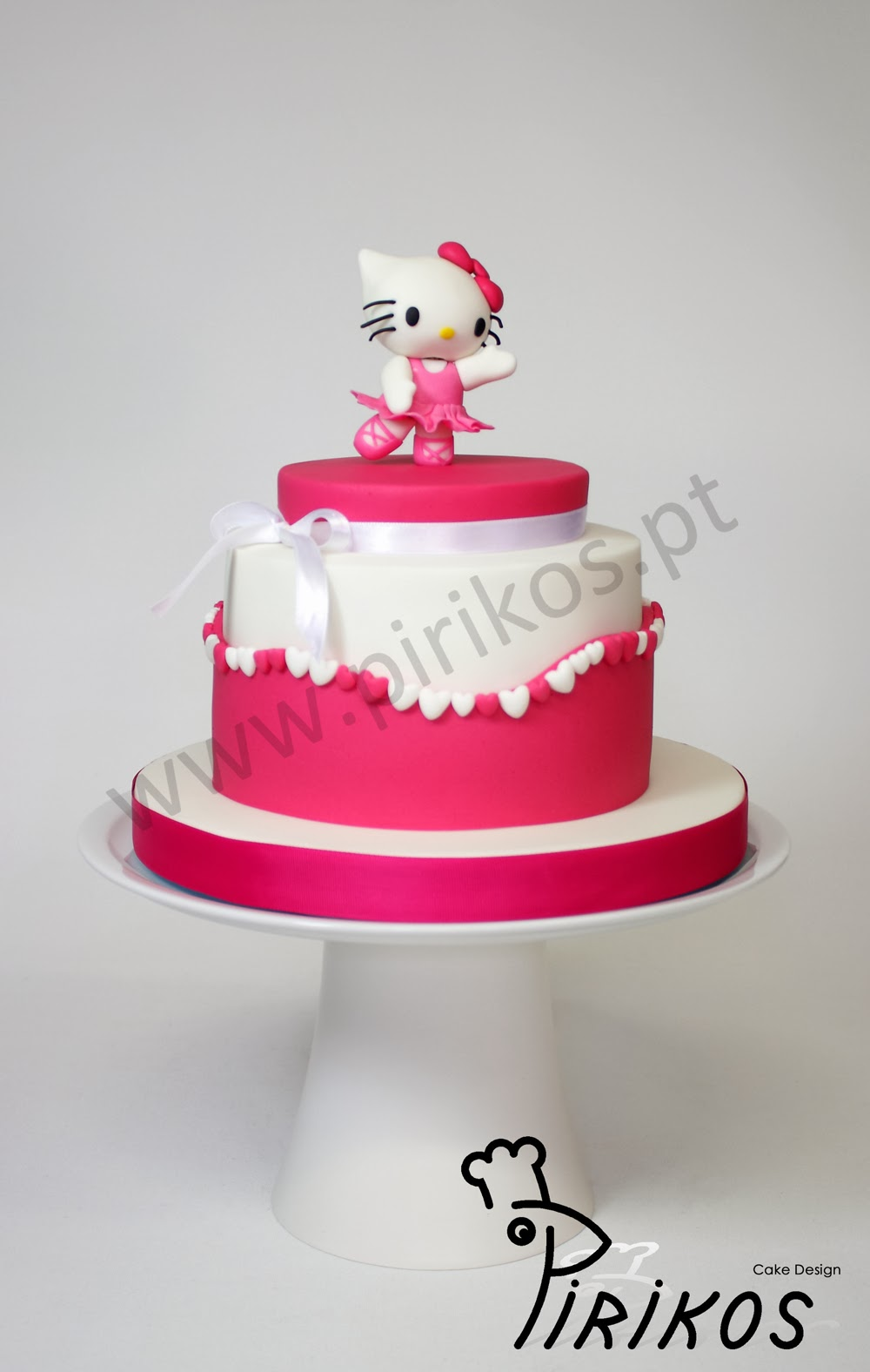 Cake Design Ulm : Pirikos Cake Design: Bolo Hello Kitty Bailarina