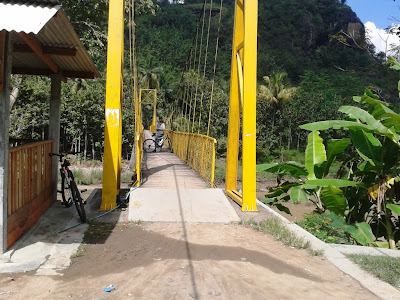 Jembatan gantung Imogiri