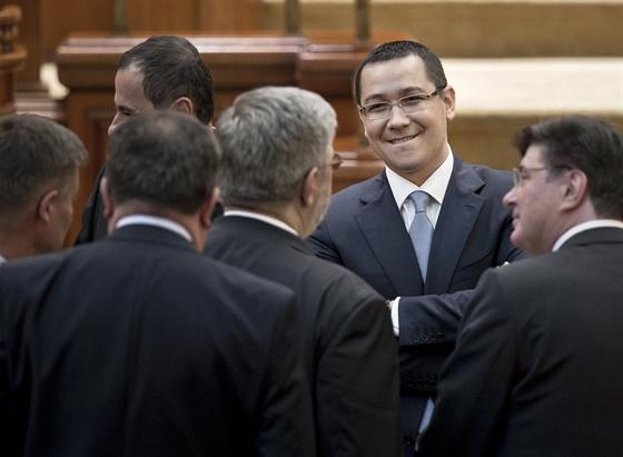 Victor Ponta, Románia, román parlament, politika, korrupció, bűnvádi eljárás,