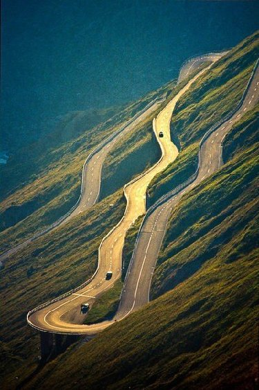 World Most Amazing Roads