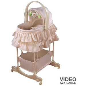 Bassinet First Years5