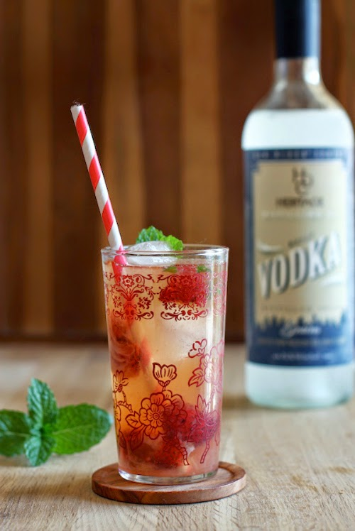 19 Cocktails made with Fresh Strawberries