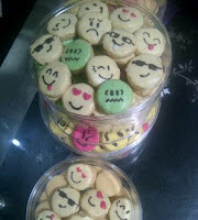 Kue Kering EMO (Emoticon)