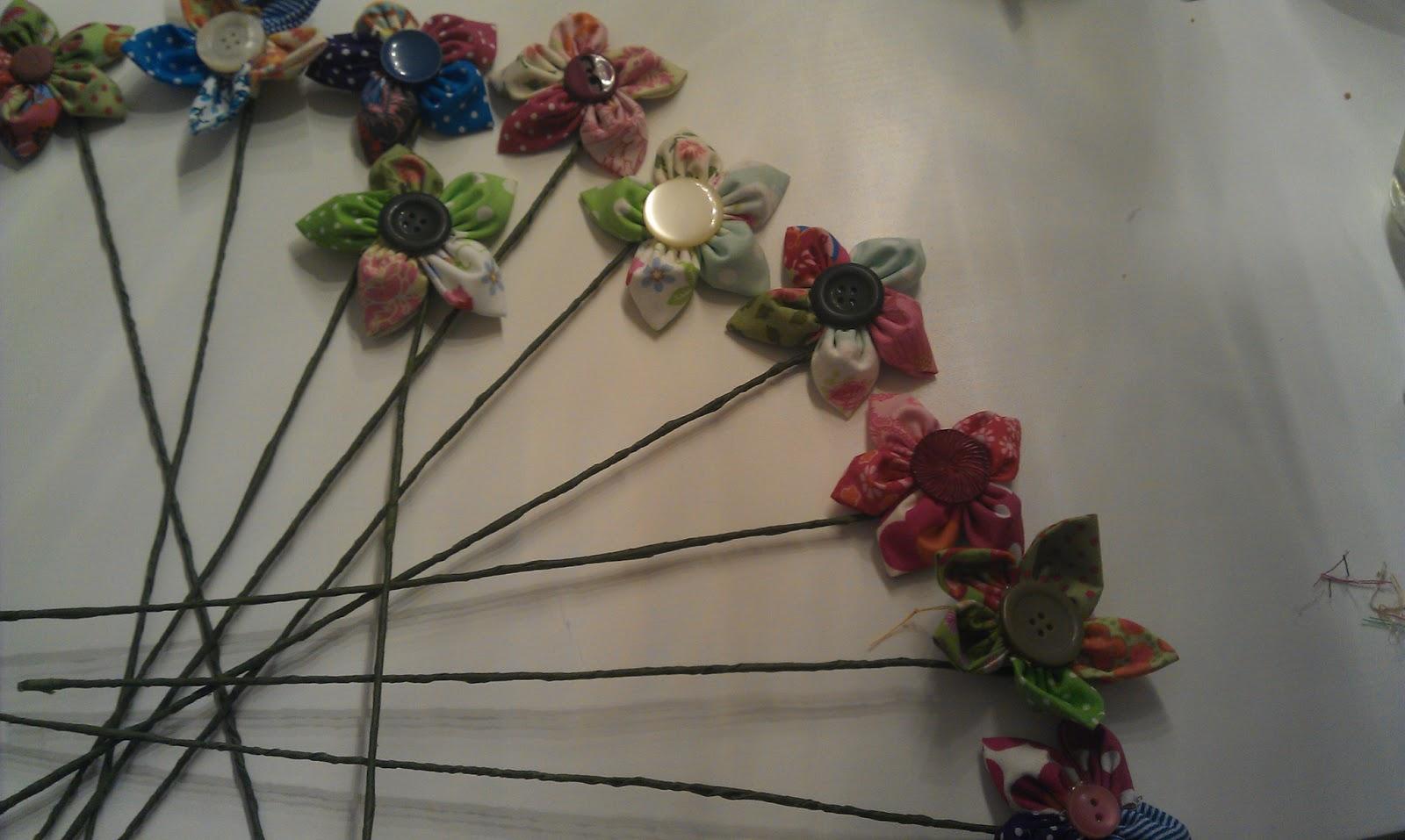 genähtes-C: Schicker Blumenstrauß