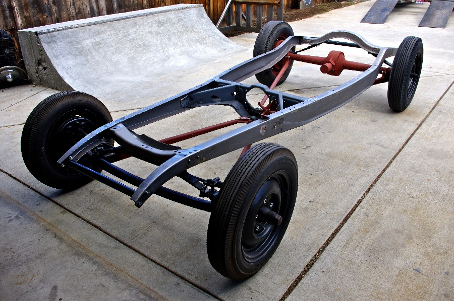 WRECKED METALS : 32 Chassis